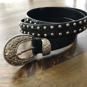 IZOD Leather Belt